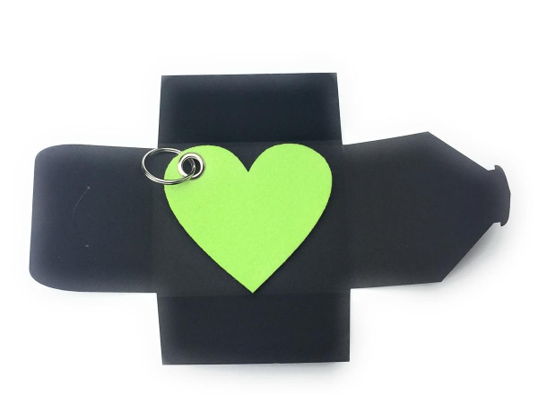 Filz-Schlüsselanhänger - Herz - lindgrün/grün - Gravur optional